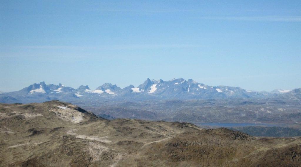 Summer news: Guided hike to Høgeloft 1920 masl